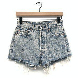 Levi's High Waisted Light Wash Jean Shorts Size 29